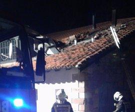 Un incendio produce daños en un restaurante de Mazcuerras