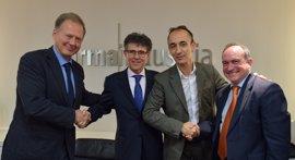La Sociedad de Cardiología Pediátrica y Farmaindustria firman un convenio para reforzar su colaboración