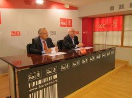 """Areces (PSOE) carga contra la """"burla impuesta"""" por Foro respecto a la Variante"""