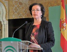"""La delegada de la Junta pide enmiendas a los PGE, que son un """"castigo"""" para Almería"""