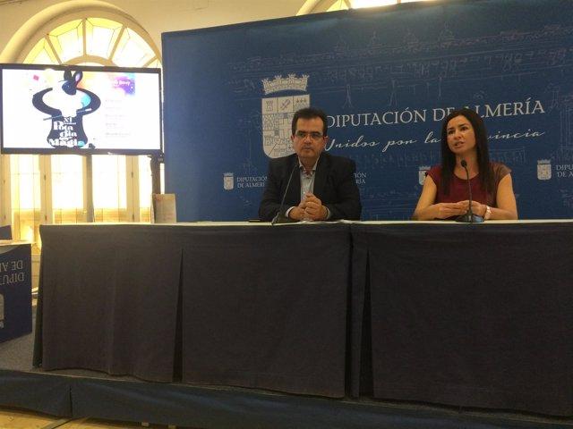 El diputado de Cultura y la concejala de Carboneras, presentando el festival.