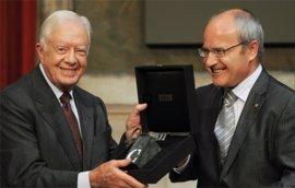 Carles Puigdemont se reúne con Jimmy Carter en EEUU para explicar el proceso soberanista