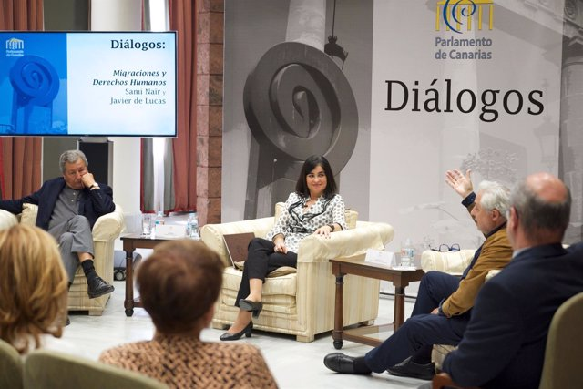 Diálogos en el Parlamento
