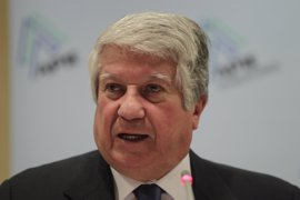 La comisión de investigación en la Asamblea llama a declarar a Arturo Fernández por el 'caso Aneri'