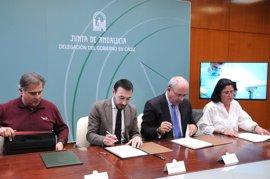 Junta, empresarios y sindicatos firman en Cádiz la adhesión al Pacto por la Industria para recuperar empleo