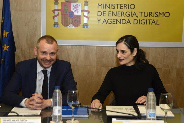Secretarios de Estado: De Medio Ambiente, María García, y Energía, Daniel Navia