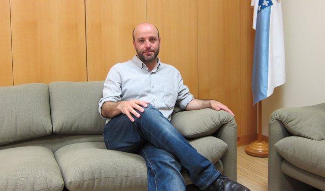 El portavoz de En Marea, Luís Villares en la entrevista con Europa Press