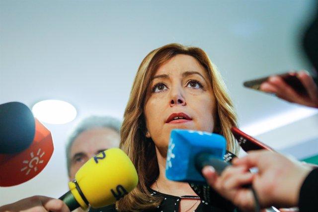 La presidenta de la Junta, Susana Díaz, en atención a los medios