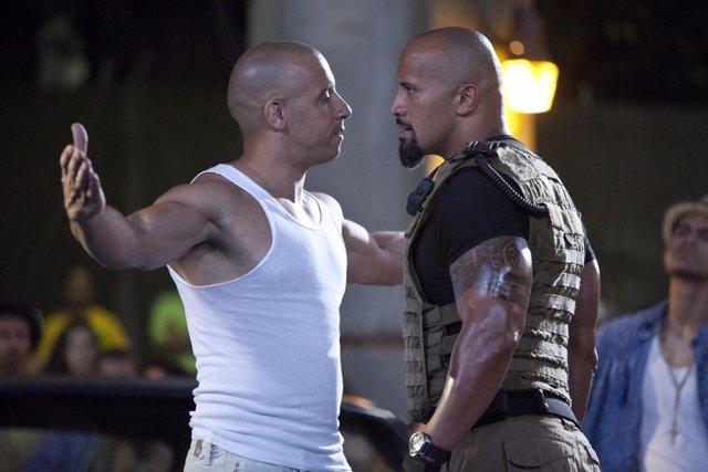 Vin Diesel y Dwayne Johnson en Fast and Furious