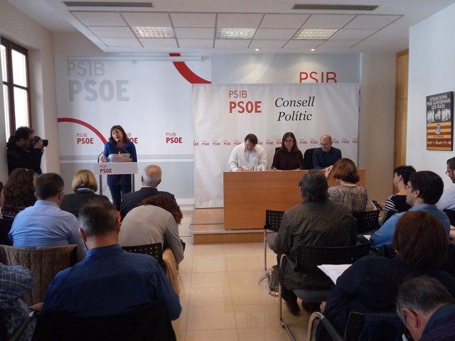 Francina Armengol en el Consejo Político del PSIB