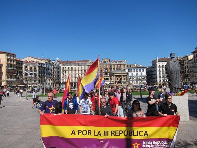 Manifestación bajo el lema 'A por la III República'