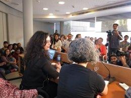 La feminista Irantzu Varela imparte conferencia sobre amor romántico en Palma