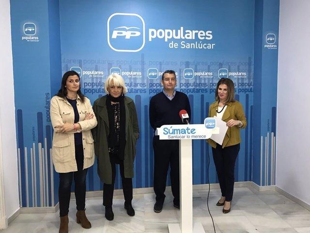 Rueda de prensa del presidente del PP de Cádiz, Antonio Sanz