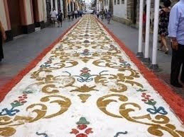 C mo se hacen las alfombras de sal de semana santa en el for Que son las alfombras