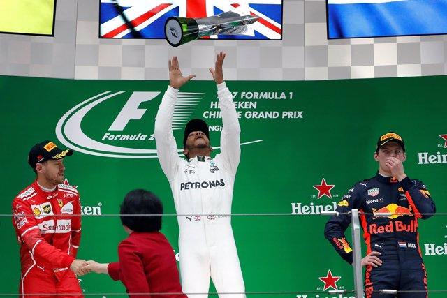 Lewis Hamilton Sebastian Vettel Max Verstappen China podio