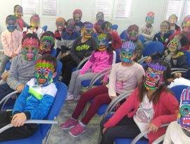 Un total de 1.800 escolares de la provincia conocen el encuentro entre Huelva y América en su 525 Aniversario