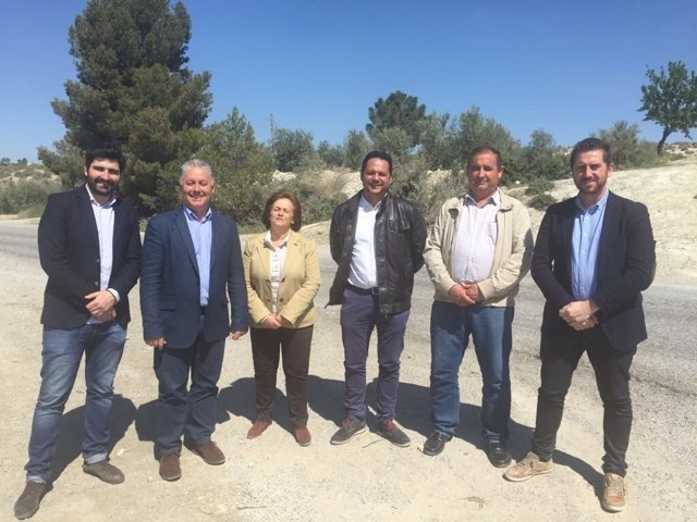 Diputación de Granada invierte en reparación de carretera de Benamaurel a Cúllar