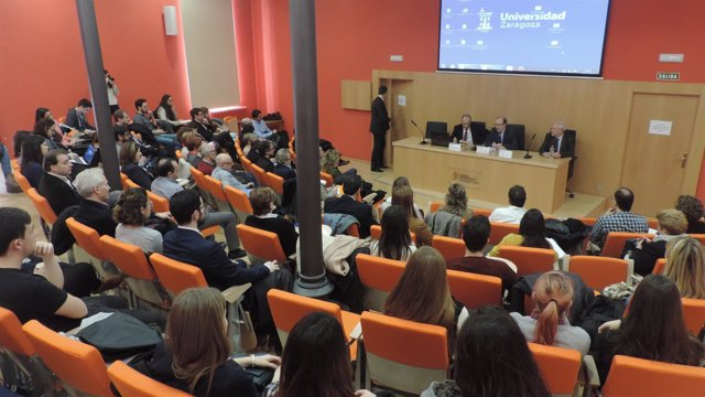 Sesión inaugural del Título de Experto en Responsabilidad Social.