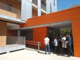Estudiantes de Arquitectura de la Universidad de Sevilla conocen los Alojamientos Protegidos de San Bernardo