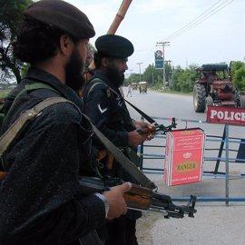 Cinco milicianos y un soldado y muertos en enfrentamientos en el centro de Pakistán