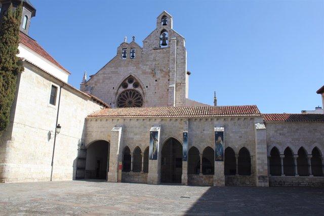 Palencia.- Sede Cofradía Jesús Crucificado