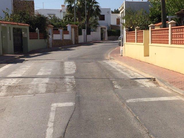 Asfaltado carretera can Guasch