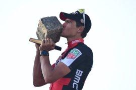 Van Avermaet se exhibe al sprint en la París-Roubaix para ganar su primer 'monumento'