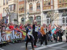 Pamplona acoge el final de una multitudinaria Korrika
