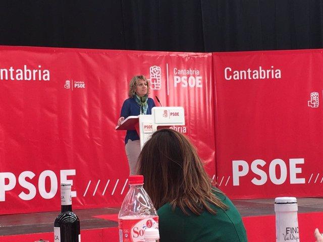 Eva Díaz Tezanos en la comida del PSOE de Val de San Vicente