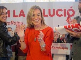 Carme Chacón, la primera mujer que fue ministra de Defensa en España