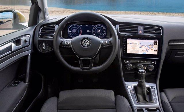 Interior Volkswagen Golf 2017
