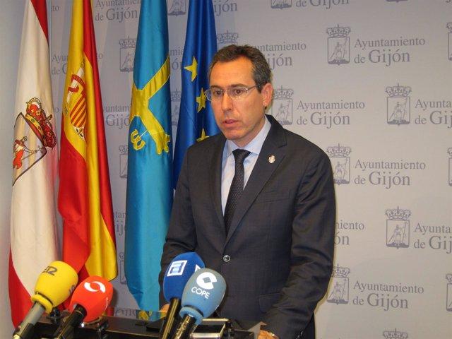 El portavoz del Gobierno local del Ayuntamiento de Gijón, Fernando Couto (Foro).