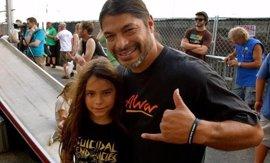 Korn reclutan como nuevo bajista al hijo de 12 años de Robert Trujillo (Metallica)