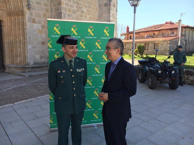 Subdelegado del Gobierno. Alfonso Martín, y Roberto Saiz.