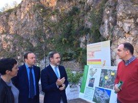 La Junta inicia la segunda fase de la obra de emergencia para estabilizar la ladera en la travesía de Otívar (Granada)