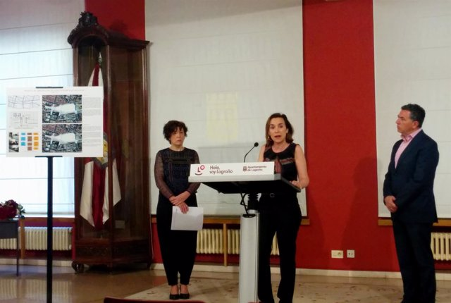 Gamarra, Cuevas y Gutiérrez, en la presentación