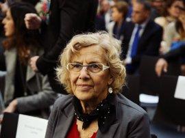 """Carmena asegura que tutelará la designación de su sucesor, que será alguien que genere """"ilusión"""" en Madrid"""