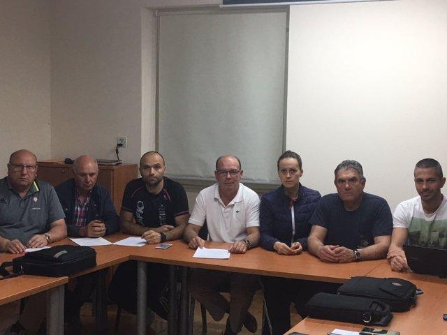 Delegados de UGT y CC.OO. De Ferroatlántica que abandonan sus sindicatos