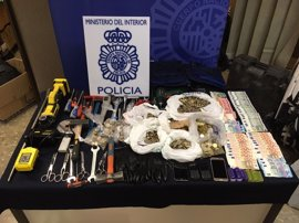 Ocho detenidos por 13 robos a recaudadores de máquinas recreativas y expendedoras en Málaga y otras provincias