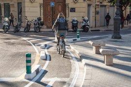 """CCOO reclama una revisión del """"riesgo entrañado por el anillo ciclista"""" para el personal de la ORA"""