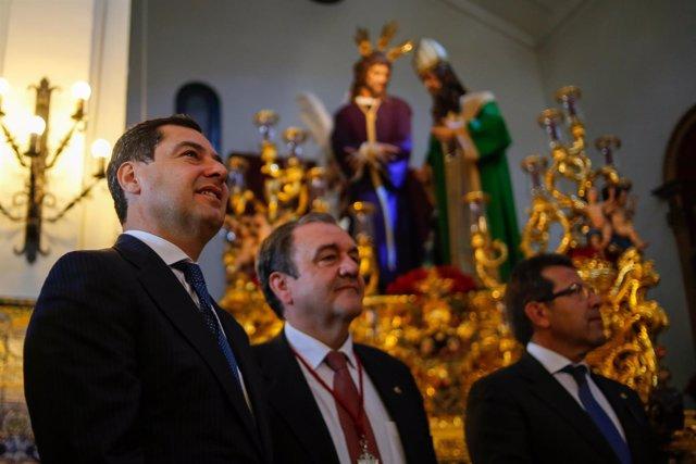 Juanma Moreno, hoy en la Iglesia de San Gonzalo