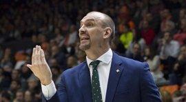 Zan Tabak abandona el Real Betis Energía Plus y Alejandro Martínez toma el relevo