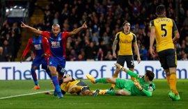 El Arsenal cae goleado ante el Crystal Palace (3-0) y se aleja de la 'Champions'