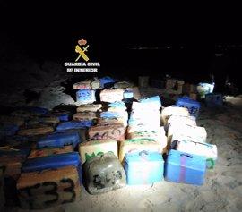 Intervenidas 12 toneladas de hachís en una operación en Cádiz con diez detenidos
