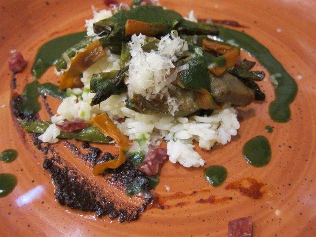 Muestra de alimentos de Aragón, plato cocinado, arroz