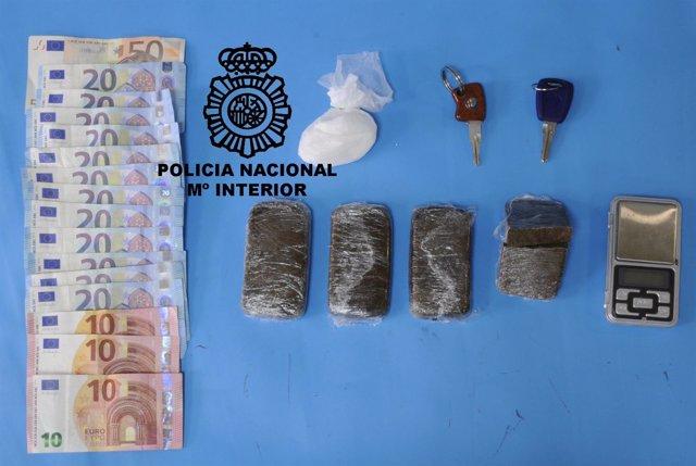 Sustancias ocupadas a los detenidos.