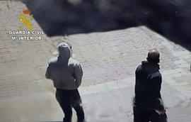 Sucesos.- Dos detenidos por un asalto de forma violenta a una casa de Sant Antoni (Ibiza)