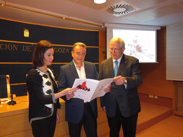 Sánchez Quero, Llanas y Ladrero han presentado hoy el informe elaborado por DPZ