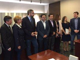 PP y Cs no llegan a un acuerdo para eliminar aforamientos en su primera reunión para investir al 'popular' López Miras
