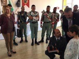 IULV-CA lleva al Parlamento la visita de legionarios a niños del Hospital Materno Infantil de Málaga